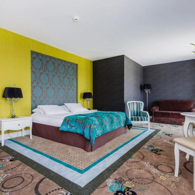 hotel-lamberton-pokoje-warszawa-oltarzew-nocleg-biznes-konferencje-DOC_4978