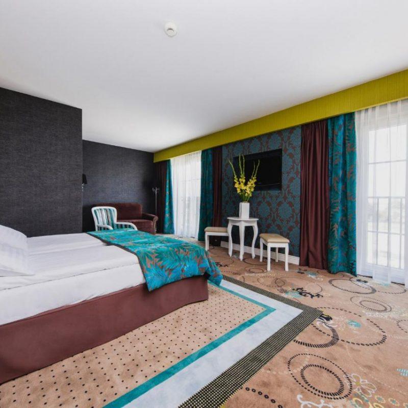 hotel-lamberton-pokoje-warszawa-oltarzew-nocleg-biznes-konferencje-DOC_4995