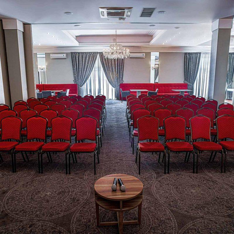 hotel-lamberton-sala-perlowa-slub-pokoje-warsztaty-hotel-pod-warszawa-oltarzew-nocleg-biznes-konferencje-hdr-35_low