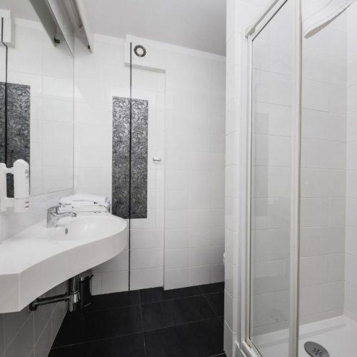 hotel-lamberton-wesele-slub-pokoje-warszawa-oltarzew-nocleg-biznes-konferencje-DOC_5042