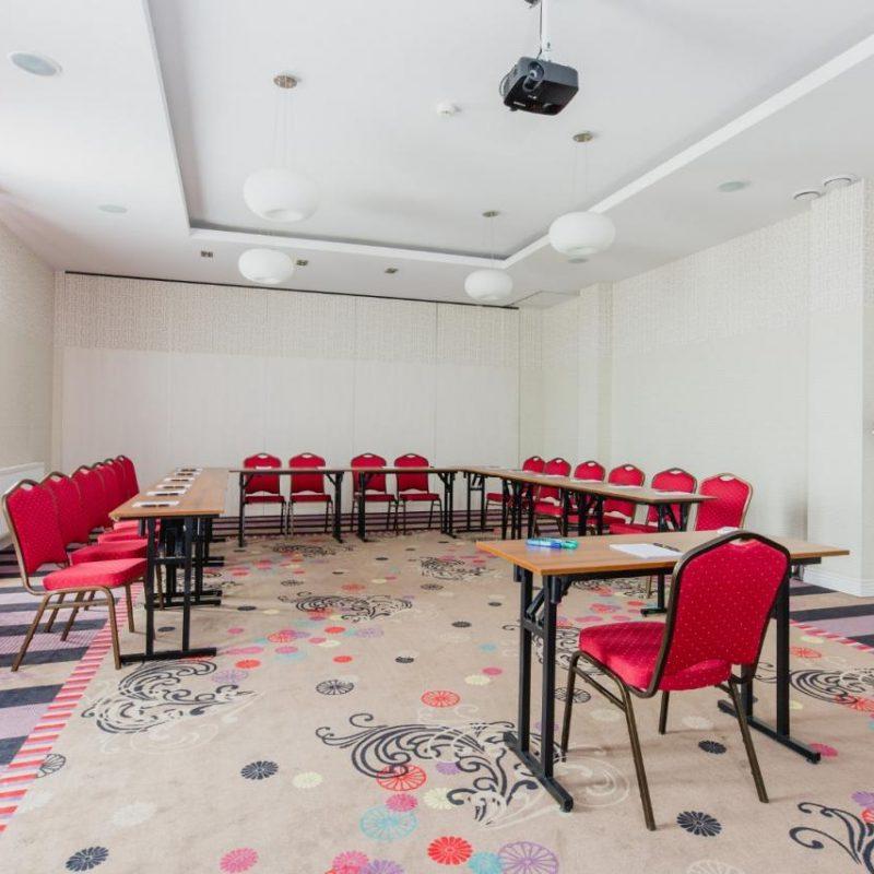 hotel-lamberton-wesele-slub-pokoje-warszawa-oltarzew-nocleg-biznes-konferencje-DOC_5167