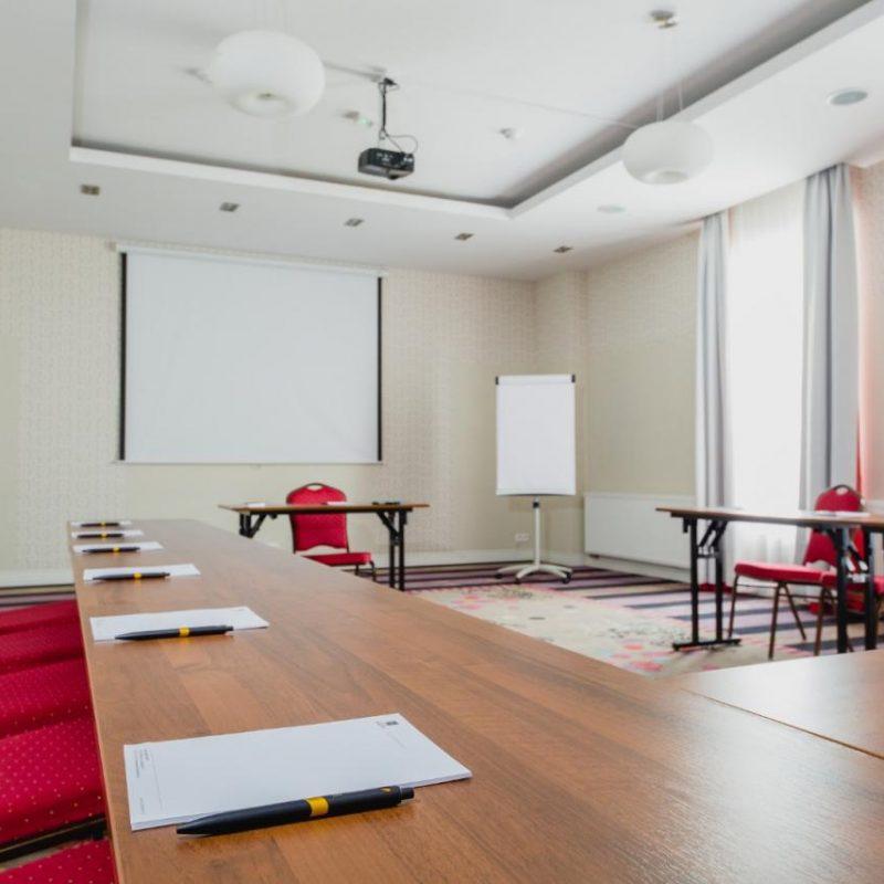 hotel-lamberton-wesele-slub-pokoje-warszawa-oltarzew-nocleg-biznes-konferencje-DOC_5176